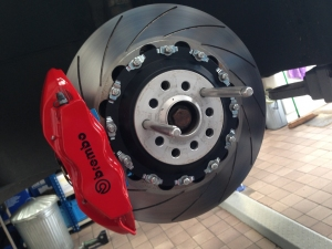 AKS DB9 Brembo kit 362mm